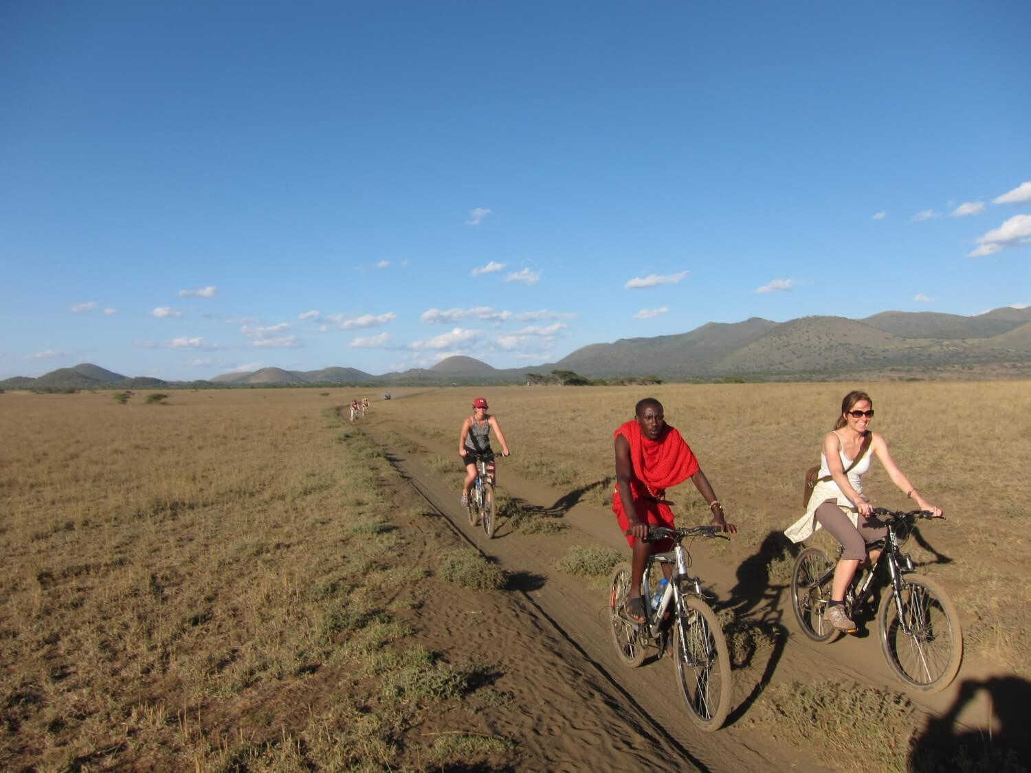 Cycling Safaris in tanzania with maasai